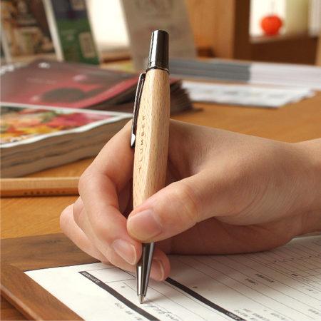 銘木をプラスしたボールペン