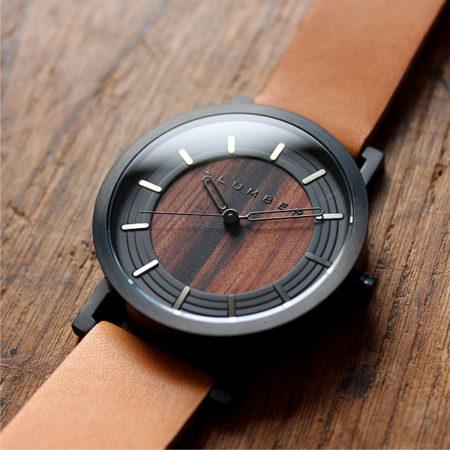 銘木を活用した木製腕時計