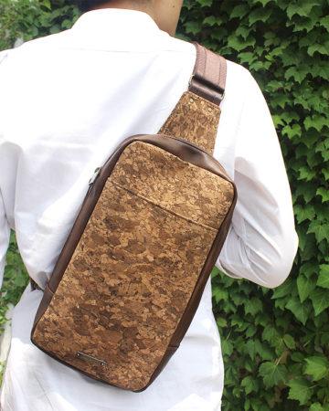 【新商品】コルクのボディバッグ