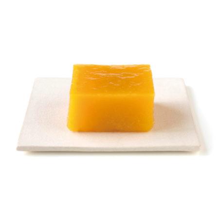 みずみずしいマンゴー風味の生ういろう